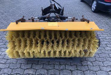 GMR Stensballe FF 1500 P Frontkehrmaschine 150 cm * Winterdienst