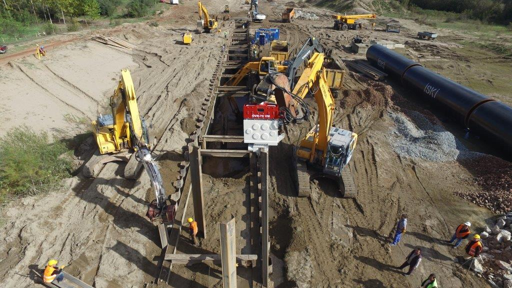 Vibro hammer OVR 80 VM to work on a crane or piling rig