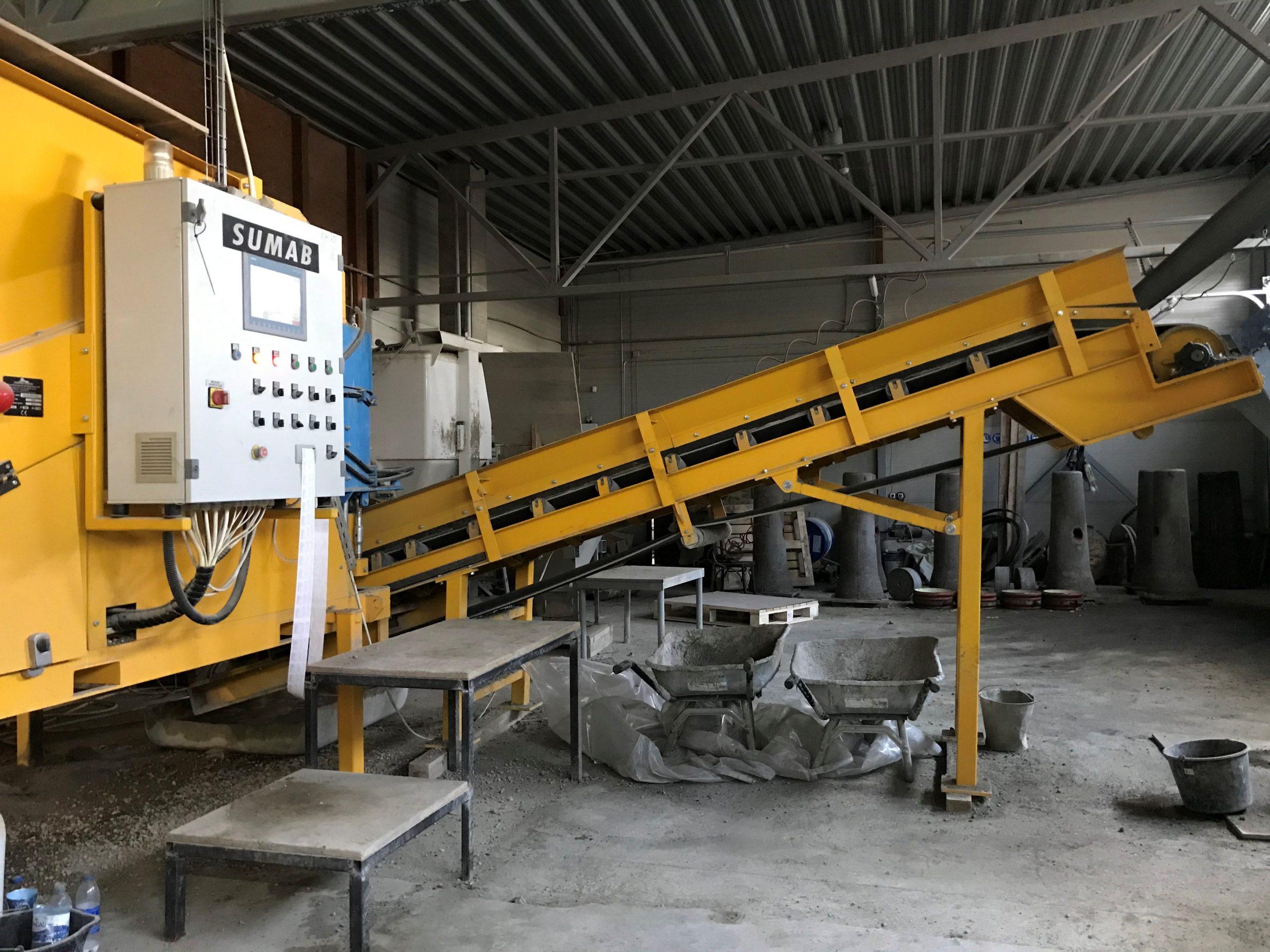 SUMAB Kleinste automatische Betonfabrik SUMAB MINI