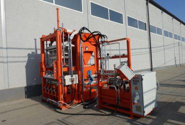 Stationäre Betonblockherstellungsmaschine SUMAB R-300. Economy Class!