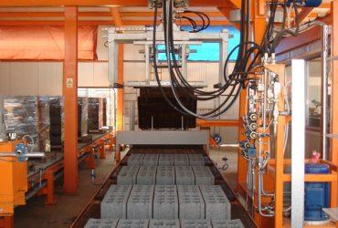 Blockproduktionsmaskin SUMAB R-1000